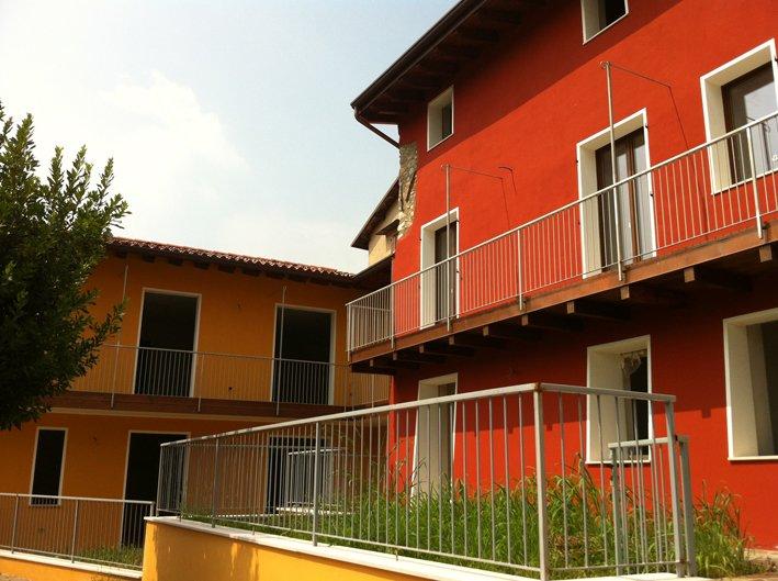 Appartamento in vendita a Salò, 4 locali, zona Zona: Villa, prezzo € 131.567 | Cambio Casa.it