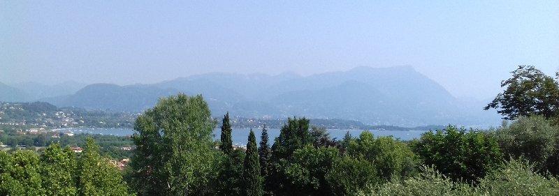 Appartamento in vendita a Manerba del Garda, 5 locali, zona Zona: Montinelle, prezzo € 198.000 | CambioCasa.it