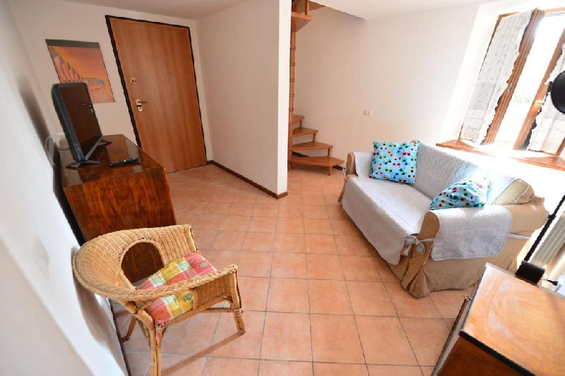 Casa semi-indipendente in affitto a San Felice Del Benaco (BS)