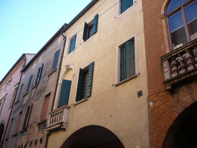 Palazzo / Stabile in vendita a Padova, 8 locali, zona Zona: 3 . Est (Brenta-Venezia, Forcellini-Camin), prezzo € 1.400.000 | Cambio Casa.it