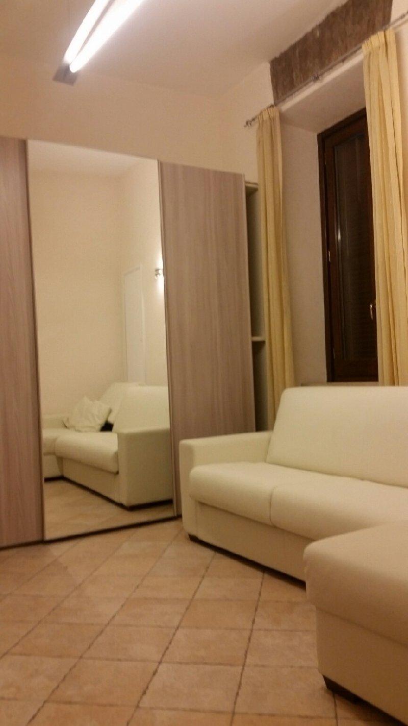 Appartamento in affitto a Fiumicino, 3 locali, zona Zona: Paese, prezzo € 500 | Cambio Casa.it