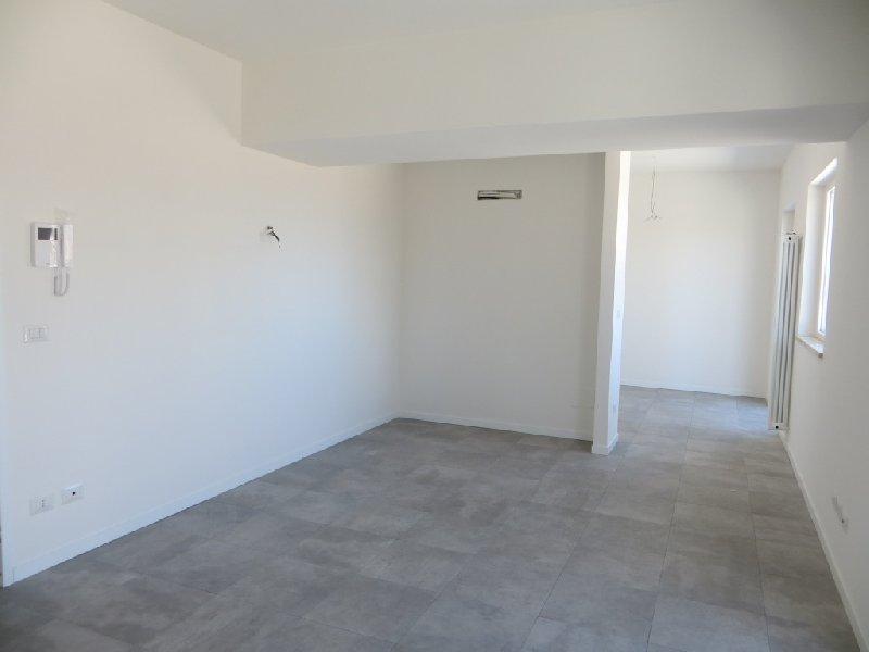 Attico / Mansarda in vendita a Fiumicino, 4 locali, zona Zona: Isola Sacra, prezzo € 215.000 | CambioCasa.it