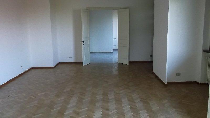 Appartamento, Centro, Affitto/Cessione - Modena
