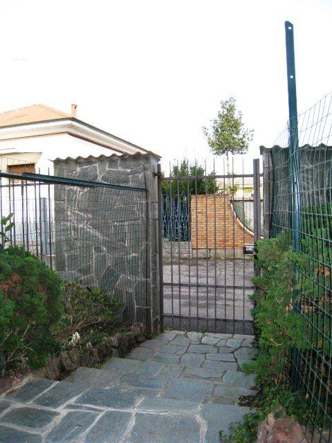 Bilocale Pregnana Milanese Via Nazario Sauro 26 2