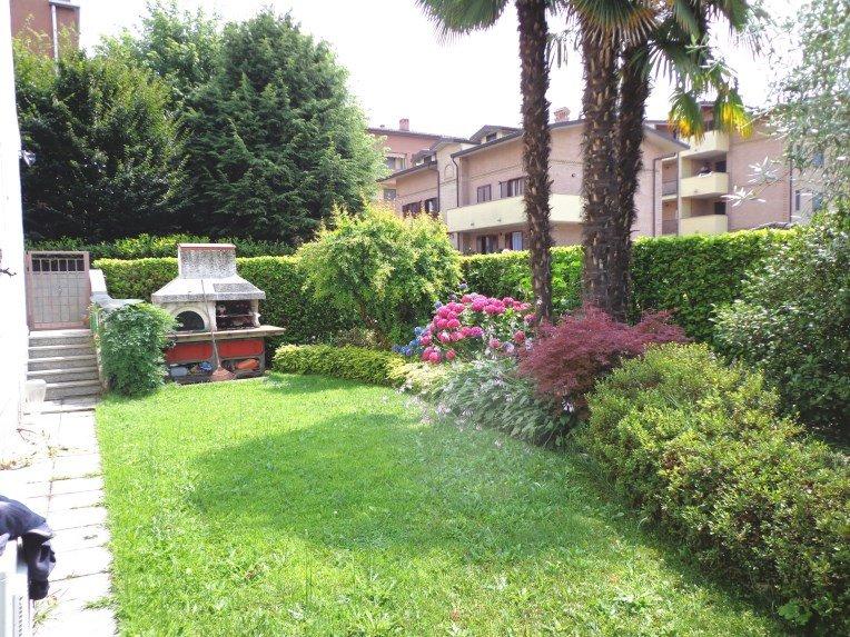 Villa a Schiera in Vendita a Garbagnate Milanese