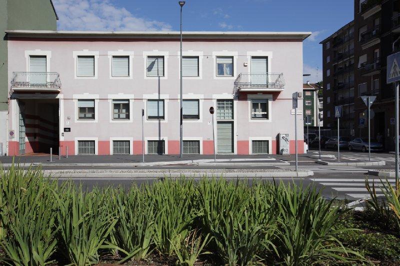 Capannone in vendita a Milano, 10 locali, zona Zona: 19 . Affori, Bovisa, Niguarda, Testi, Dergano, Comasina, prezzo € 1.400.000 | Cambio Casa.it