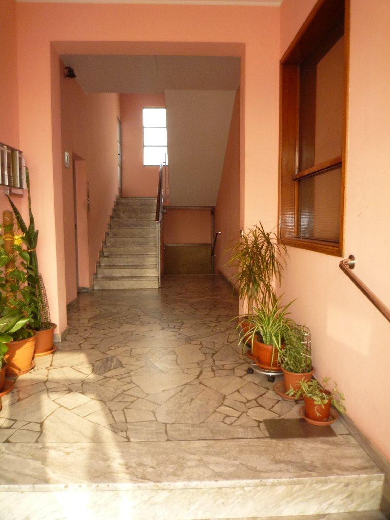 Appartamento in vendita a Lainate, 2 locali, prezzo € 64.000 | Cambio Casa.it
