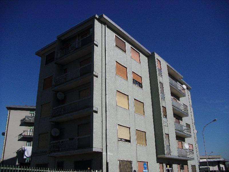 Bilocale Lainate Via Varese 6 10