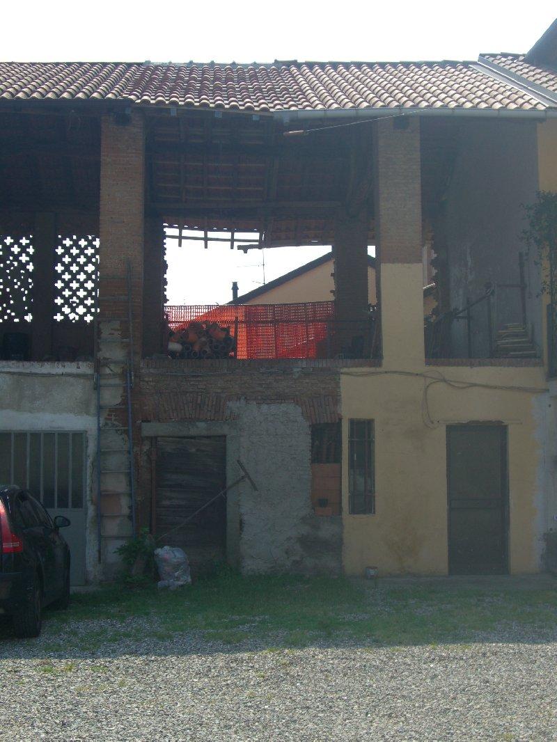 Rustico / Casale in vendita a Cornaredo, 9999 locali, prezzo € 35.000 | CambioCasa.it