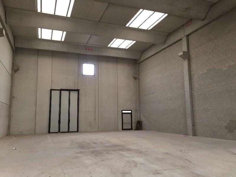 Capannone in vendita a Corbetta, 1 locali, prezzo € 329.000 | Cambio Casa.it