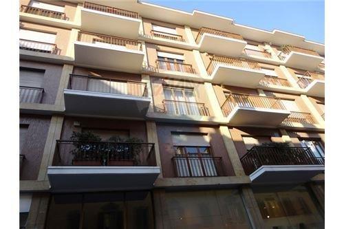 Ufficio / Studio in vendita a Busto Arsizio, 4 locali, zona Zona: Centro, prezzo € 130.000 | Cambio Casa.it