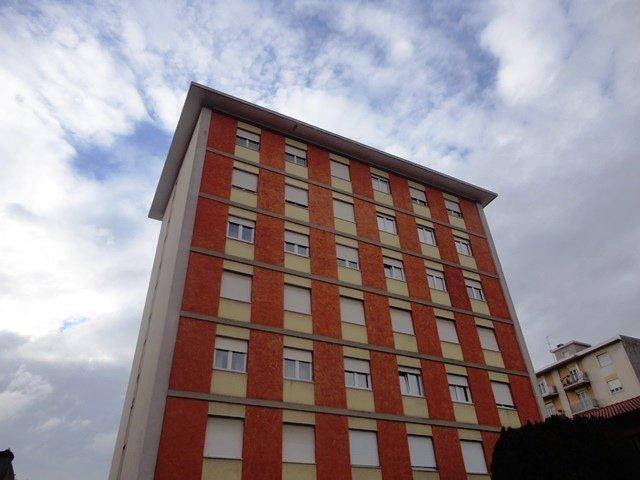 Appartamento in vendita a Busto Arsizio, 3 locali, prezzo € 70.000 | Cambio Casa.it