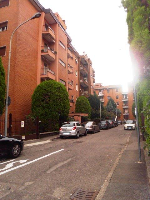 Appartamento in vendita a Legnano, 4 locali, zona Zona: Oltrestazione, prezzo € 129.000   Cambio Casa.it