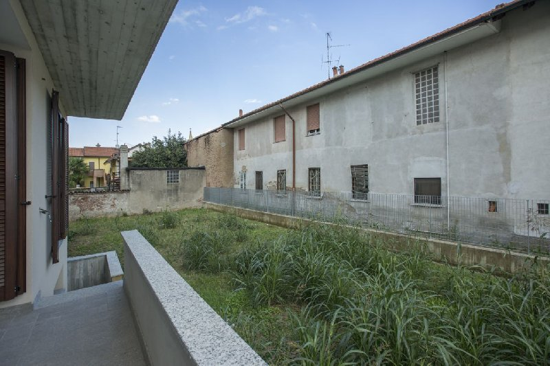 Bilocale Buscate Via Giuseppe Verdi 14 1
