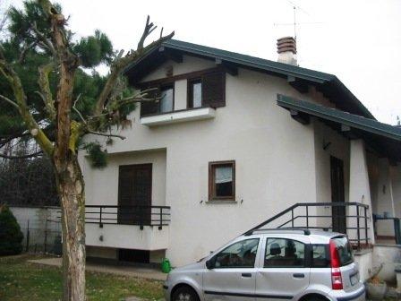 Villa in vendita a Vanzaghello, 4 locali, prezzo € 290.000 | Cambio Casa.it