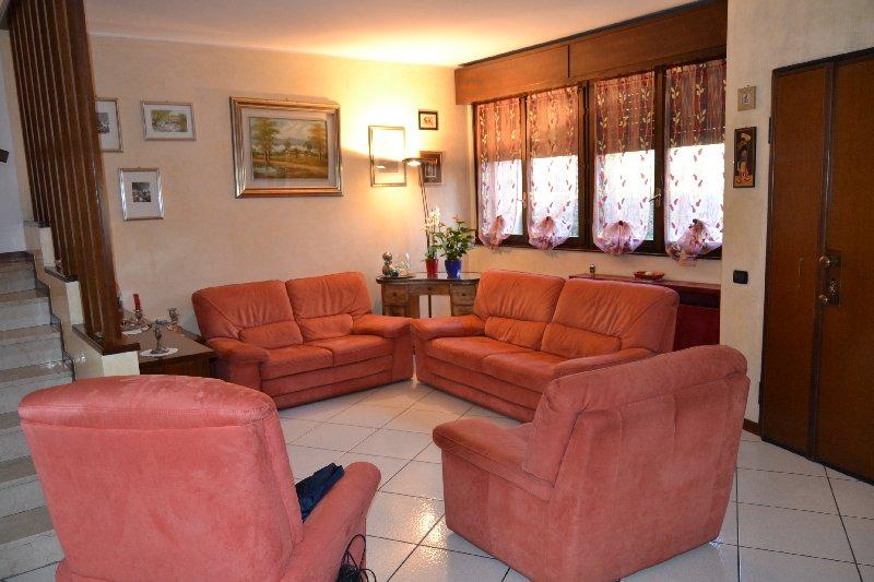 Villa a Schiera in Vendita a Baranzate