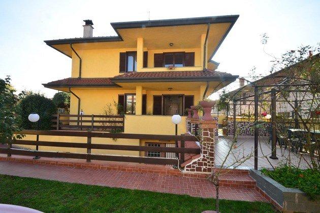Appartamento in vendita a Canegrate, 6 locali, prezzo € 285.000 | Cambio Casa.it