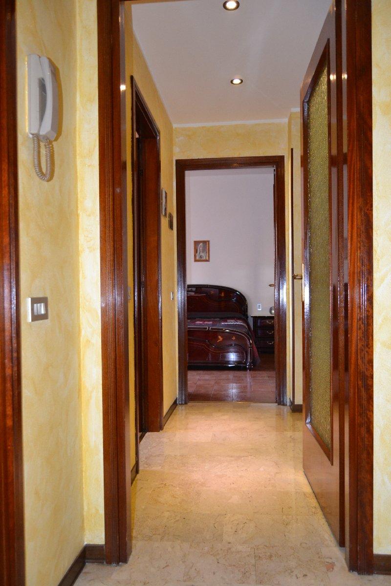Bilocale Parabiago Via Benedetto Croce 24 6