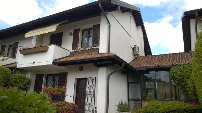 Villa a Schiera in Vendita a Tradate