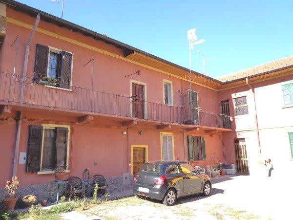 Bilocale Vanzago Via Cesare Battisti 40 1