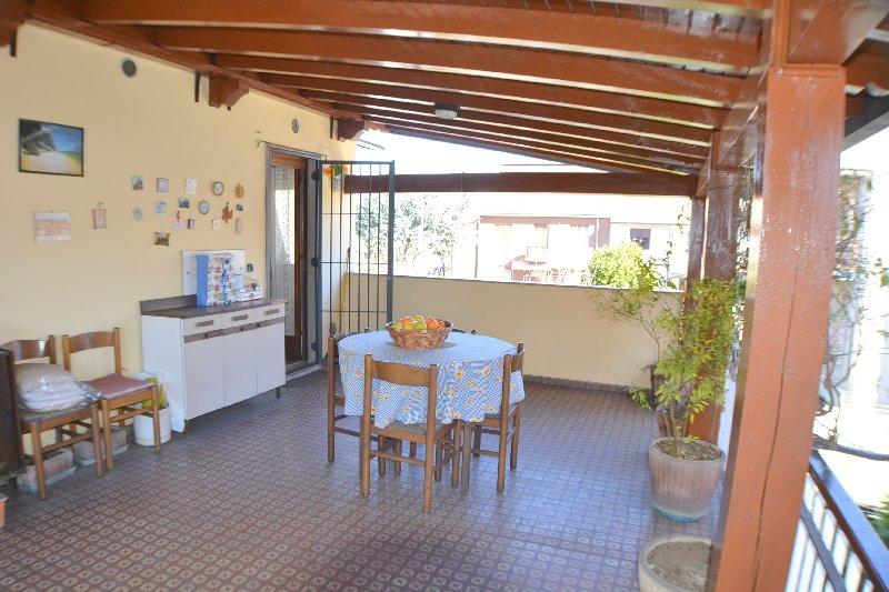 Villa in vendita a Rho, 6 locali, prezzo € 368.000 | Cambio Casa.it