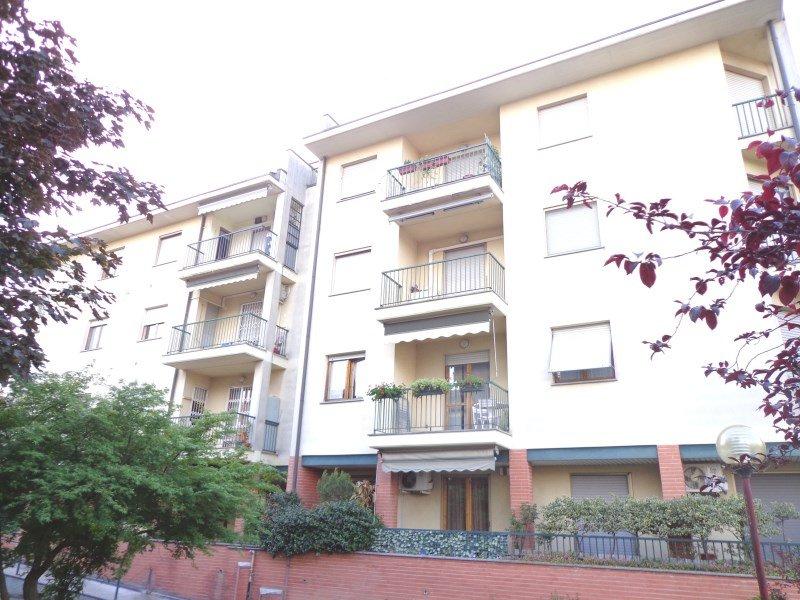 Bilocale Bareggio Via Oberdan 1 1
