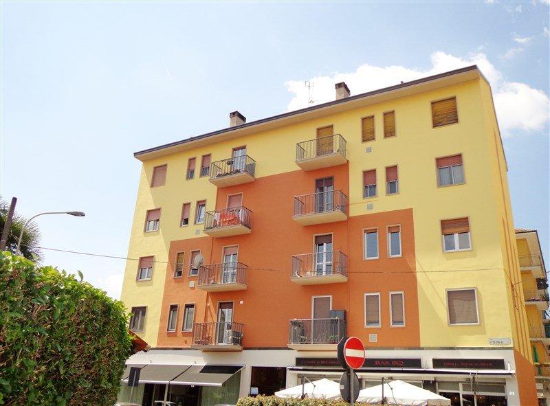 Bilocale Arese Via Roma 37 1