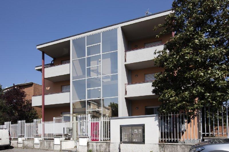 vendita appartamento rho   219000 euro  3 locali  90 mq