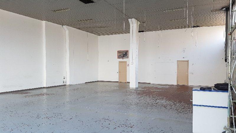 Laboratorio in affitto a Cusano Milanino, 1 locali, prezzo € 2.000 | Cambio Casa.it