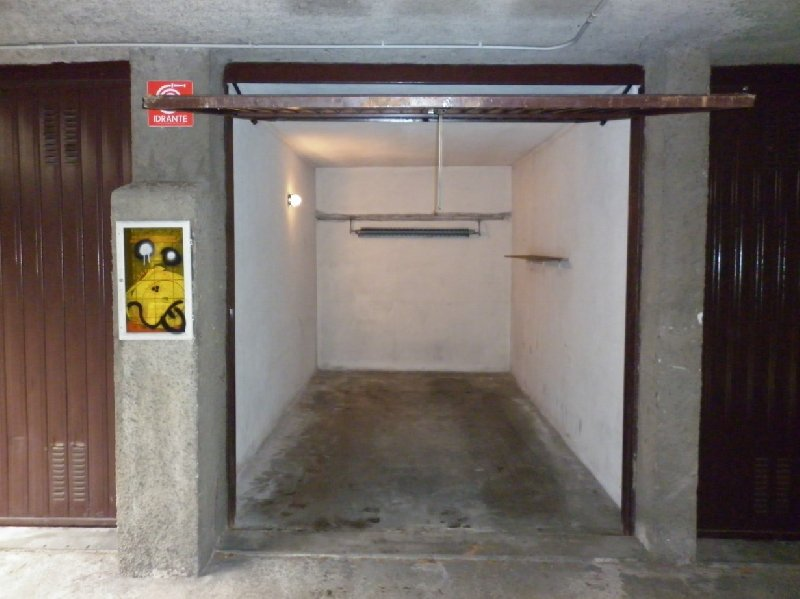 Box / Garage in vendita a Rho, 1 locali, zona Zona: Mazzo, prezzo € 13.000 | CambioCasa.it