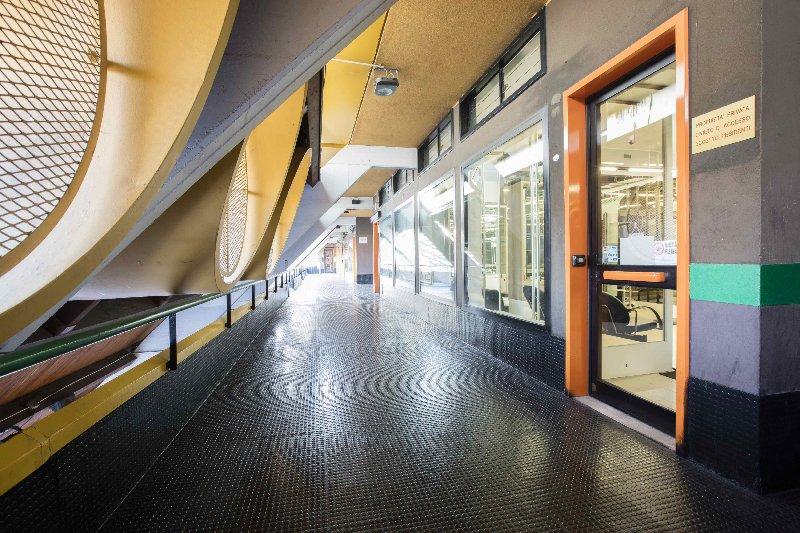 Immobile Commerciale in vendita a Arese, 1 locali, prezzo € 95.000 | Cambio Casa.it