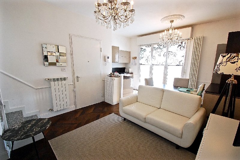 Appartamento in vendita a Cerro Maggiore, 2 locali, prezzo € 135.000 | Cambio Casa.it