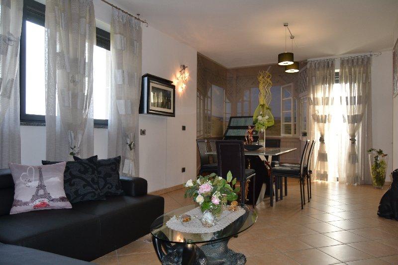 Appartamento in vendita a Cisliano, 3 locali, prezzo € 290.000   Cambio Casa.it