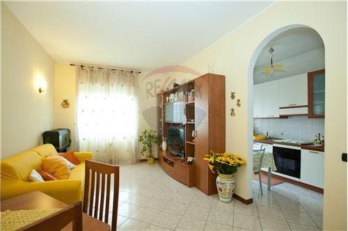Appartamento in affitto a Rho, 2 locali, prezzo € 650 | Cambio Casa.it