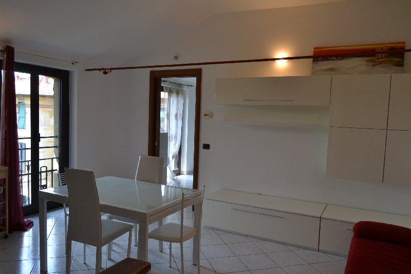 Appartamento in affitto a Legnano, 2 locali, zona Zona: Centro, prezzo € 410 | CambioCasa.it