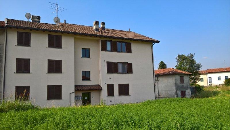 Appartamento in affitto a Tradate, 2 locali, prezzo € 500 | CambioCasa.it
