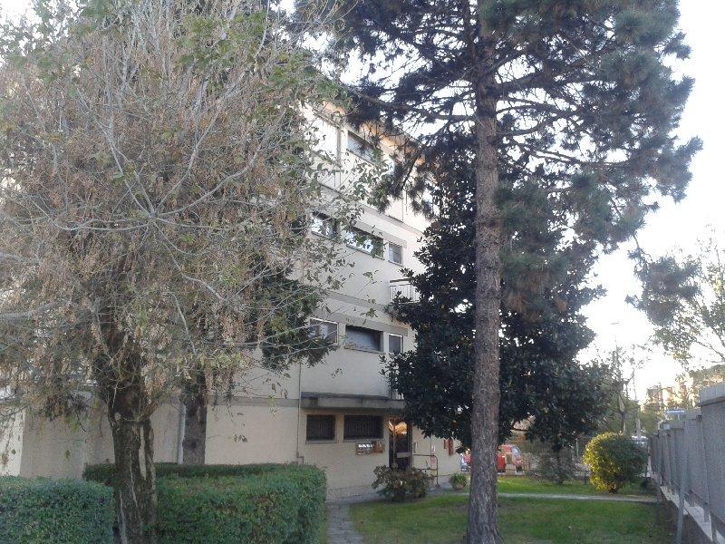 Appartamento in vendita a Pavia, 3 locali, zona Zona: S. Pietro - V.le Cremona, prezzo € 95.000 | Cambiocasa.it