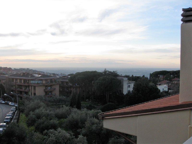 Appartamento in vendita a Marino, 4 locali, zona Zona: Marino Centro, prezzo € 270.000 | CambioCasa.it