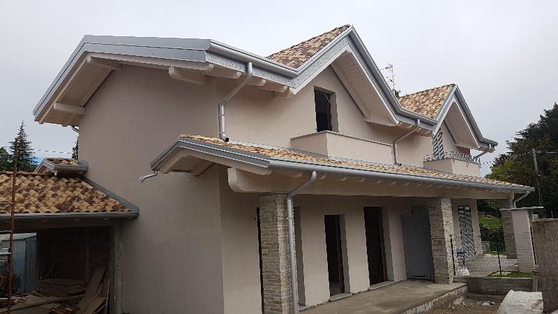 Villa a Schiera in Vendita a Carnago