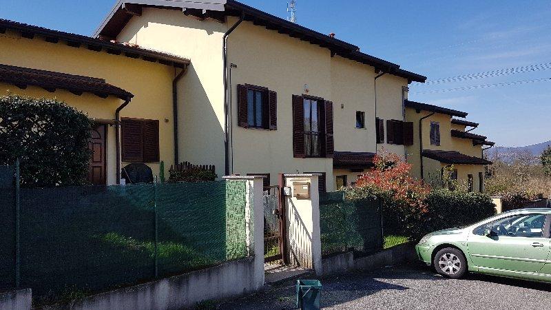 Appartamento in vendita a Cadrezzate, 1 locali, prezzo € 52.000 | CambioCasa.it