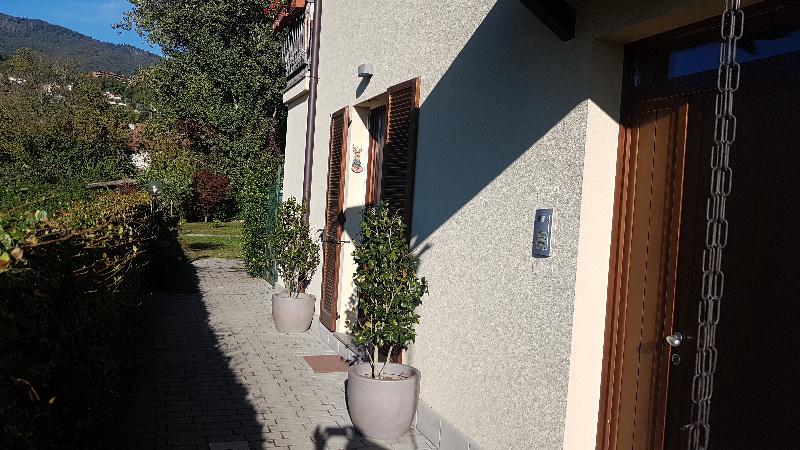 Appartamento in vendita a Gavirate, 3 locali, zona Zona: Voltorre, prezzo € 134.000 | CambioCasa.it