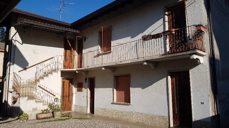 Altro in vendita a Cassano Magnago, 6 locali, prezzo € 120.000   CambioCasa.it