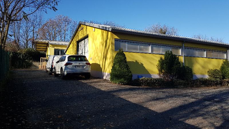 Laboratorio in affitto a Cantello, 9999 locali, zona Lorenzo, prezzo € 1.000 | PortaleAgenzieImmobiliari.it