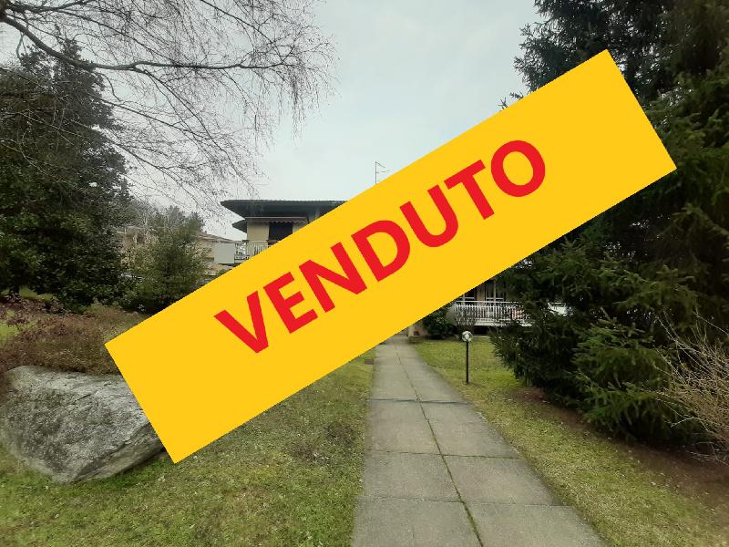 Appartamento in vendita a Albizzate, 3 locali, prezzo € 11.111 | CambioCasa.it