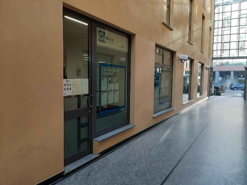 Ufficio / Studio in affitto a Gallarate, 3 locali, prezzo € 900   CambioCasa.it