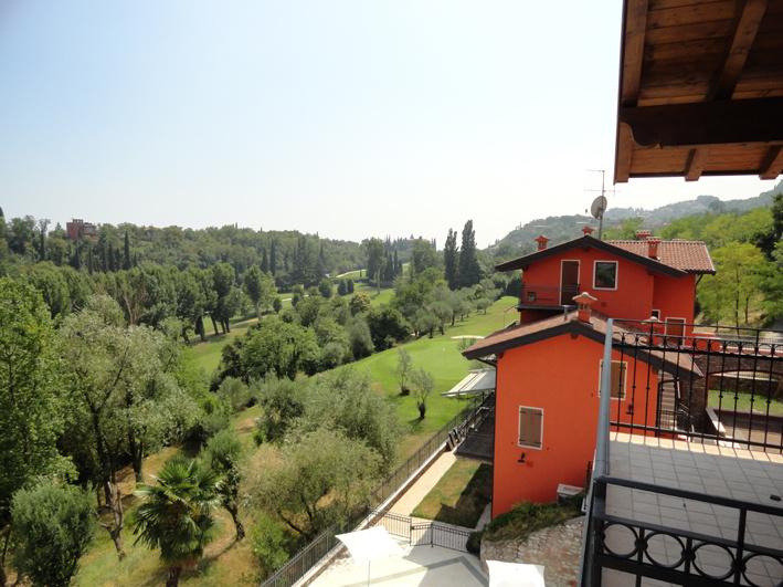 Appartamento in affitto a Toscolano-Maderno, 1 locali, prezzo € 2.300   CambioCasa.it