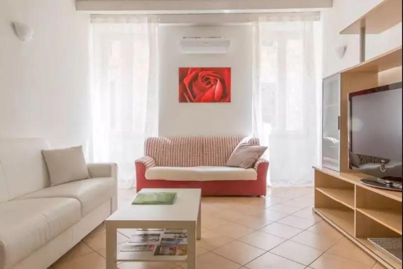 Appartamento in affitto a Salò, 1 locali, prezzo € 10 | CambioCasa.it