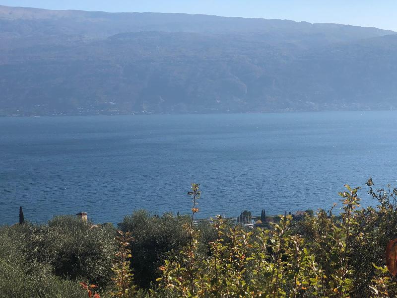 Soluzione Indipendente in vendita a Gargnano, 6 locali, zona Zona: Villavetro, prezzo € 930.000 | CambioCasa.it
