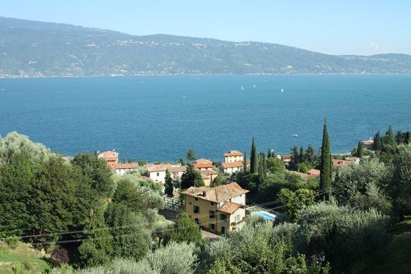 Villa in vendita a Gargnano, 14 locali, Trattative riservate | PortaleAgenzieImmobiliari.it