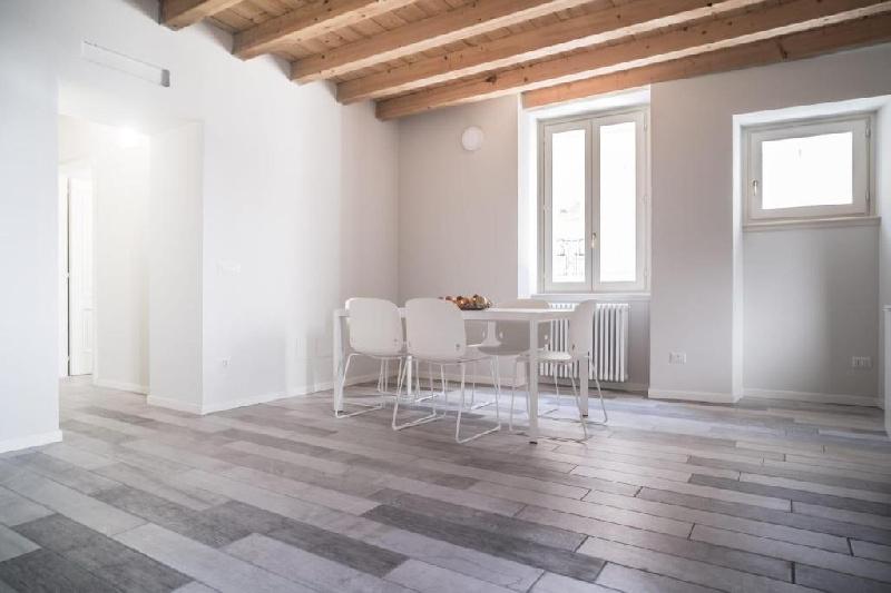 Appartamento in affitto a Toscolano-Maderno, 4 locali, zona Zona: Maderno, prezzo € 3.800   CambioCasa.it